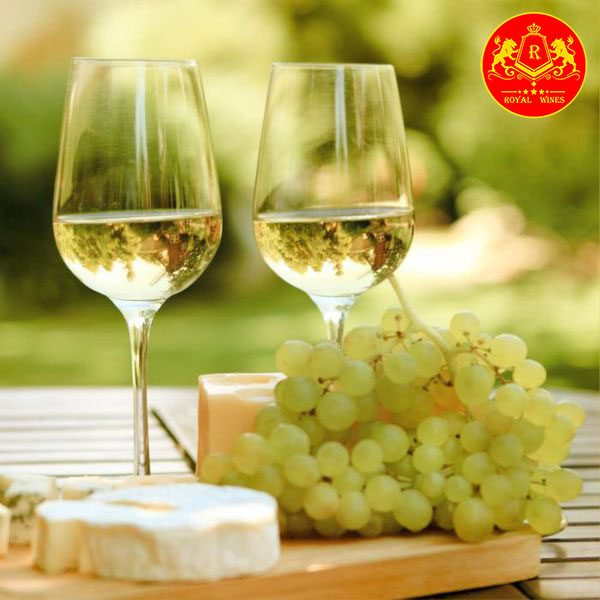 Rượu Vang Luccarelli Bianco Puglia 1
