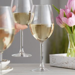 cách kết hợp đồ ăn với rượu vang trắng